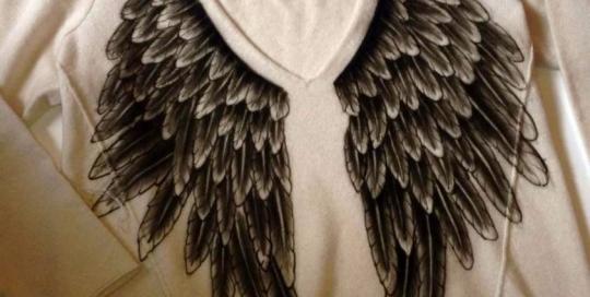 Airbrush T-Shirts - Airbrush auf Kaschmier Pullover