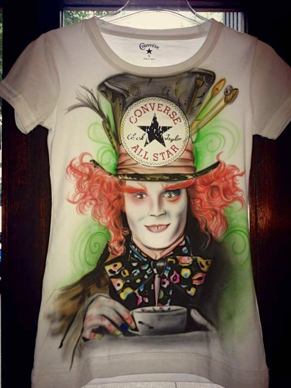 Airbrush T-Shirt Alice Hutmacher