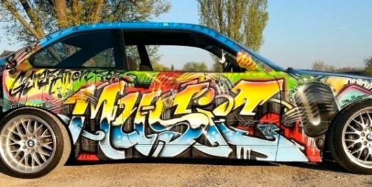 Graffiti / Airbrush Gestaltung eines Autos