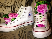 Airbrush Design auf Converse Chucks